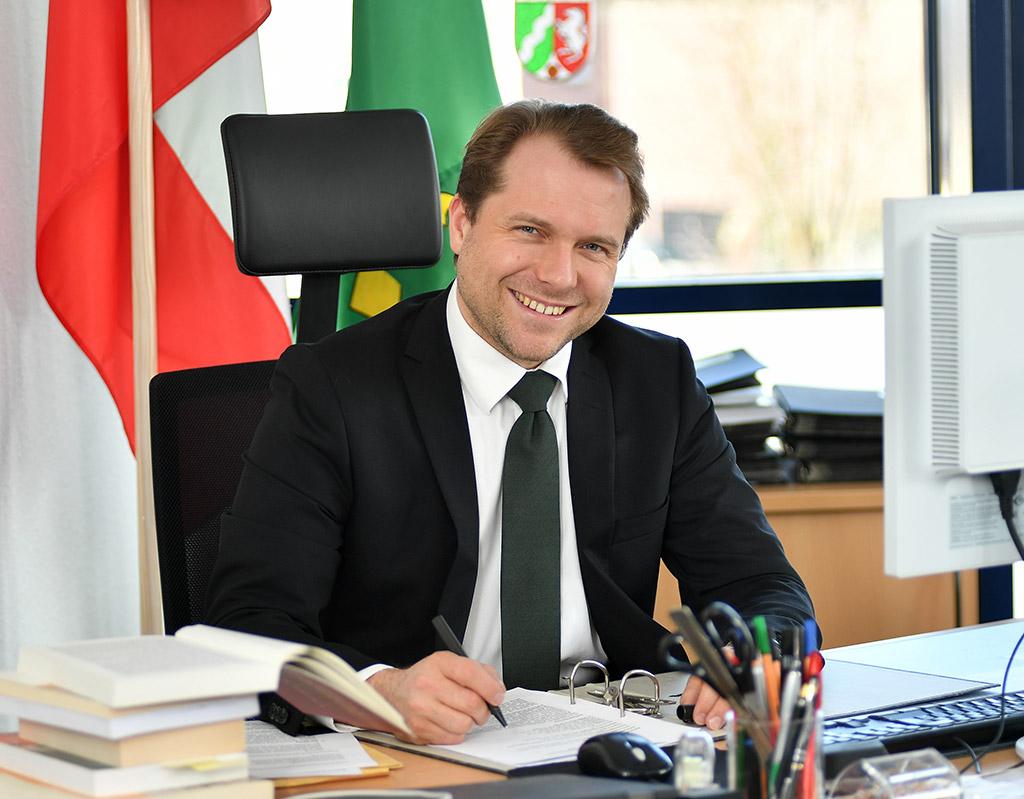 Dr. Martin Mertens