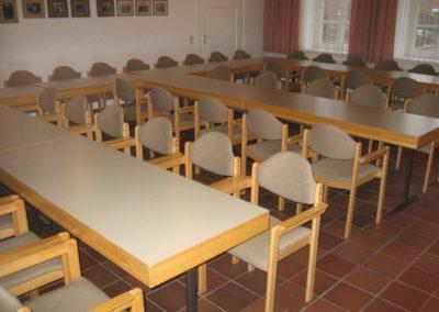 """Versammlungsraum 1 der Begegnungsstätte """"Alte Schule Butzheim""""."""
