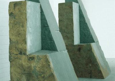 Skulpturen von Rückriem im Innenbereich