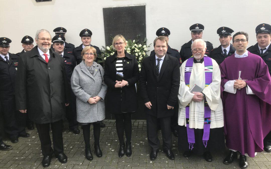 Gedenkfeier zum Bombenangriff auf Rommerskirchen